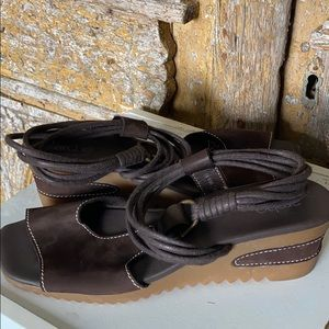 ARCHE FRENCH BROWN WEDGE SANDAL SHOES 42